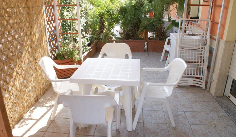 Azzurra casa vacanze a San Benedetto del Tronto - giardino