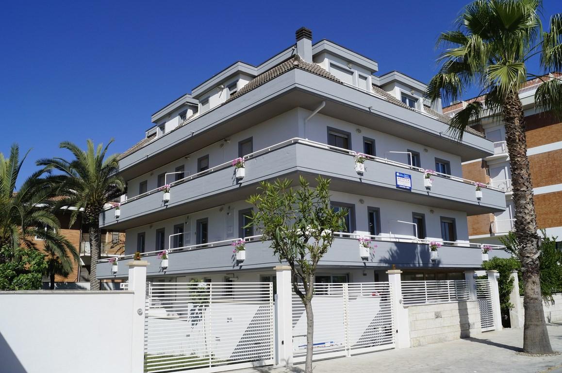 Cala Luna Suite 8 posti – fronte mare a San Benedetto del Tronto