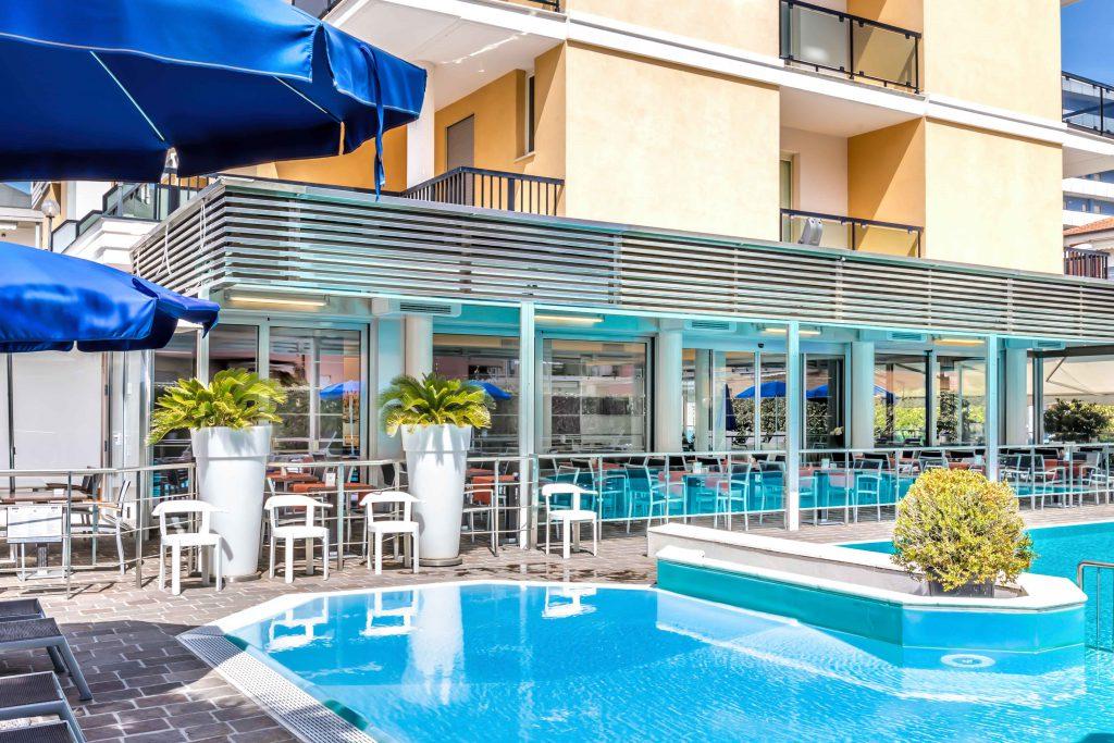 Hotel Imperial San Benedetto del Tronto piscina