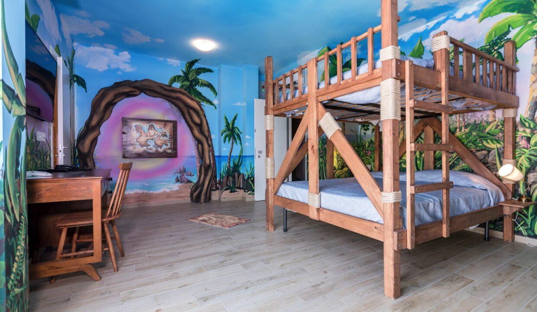 Hotel Relax di San Benedetto del Tronto - camera per bambini isola