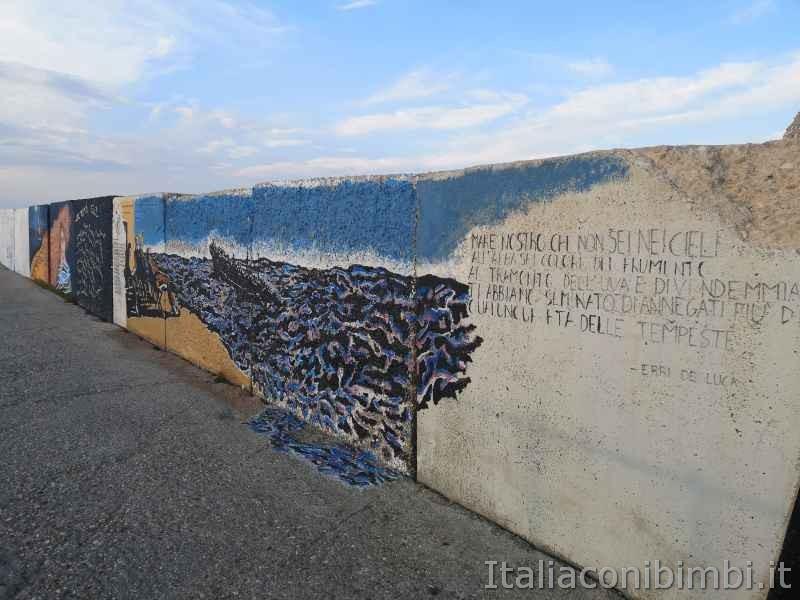 Massi dipinti - MAM di San Benedetto del Tronto