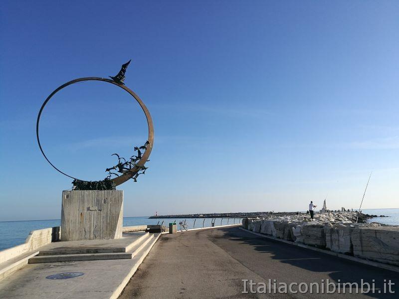 Monumento al gabbiano - San Benedetto del Tronto