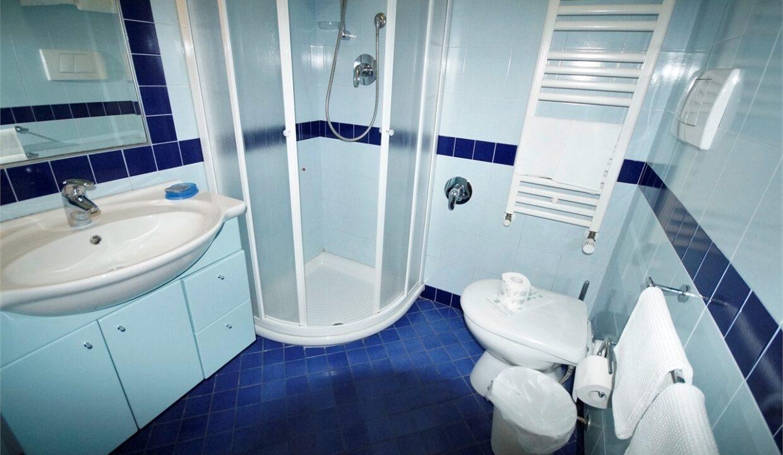Residence Oltremare San Benedetto del Tronto -bagno