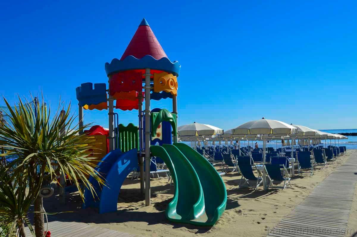 San Benedetto del Tronto - giochi in spiaggia