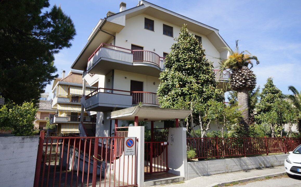 appartamenti con giardino a San Benedetto del Tronto Magnolia - esterno