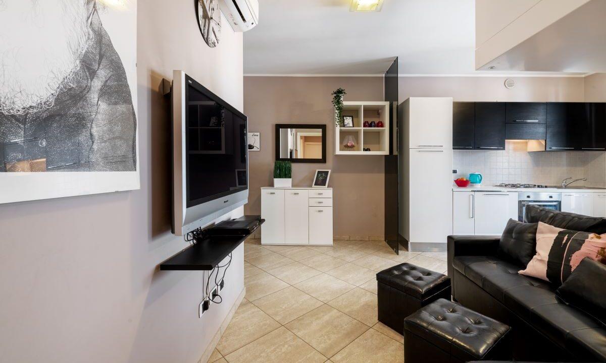 appartamento a Grottammare - soggiorno altro lato