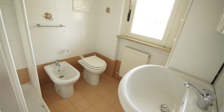 bagno appartamento con terrazza a San Benedetto del Tronto