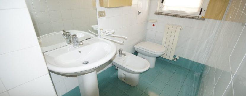 bagno appartamento della palazzina Azzurra a San Benedetto del Tronto
