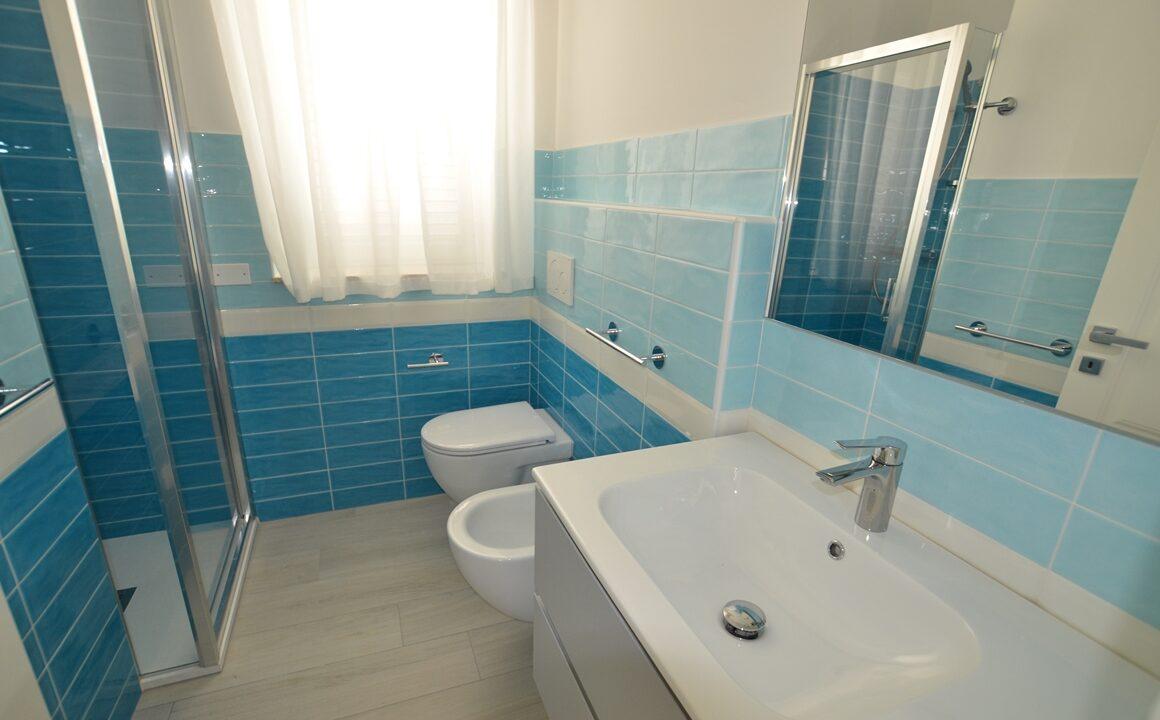 bagno casa in affitto Adriatico.a San Benedetto del Tronto