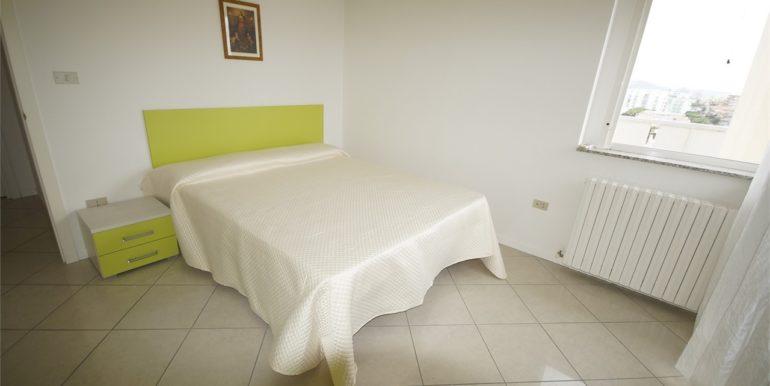 camera matrimoniale appartamento attico di Via Cherubini a San Benedetto del Tronto