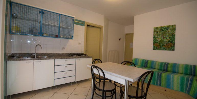cucina appartamento della palazzina Azzurra a San Benedetto del Tronto