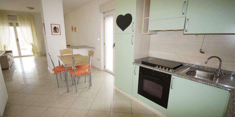cucinotto appartamento attico di Via Cherubini a San Benedetto del Tronto