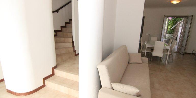 divano villetta Via Trento San Benedetto del Tronto