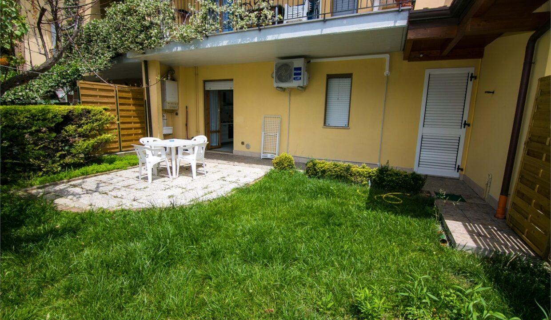 giardino della casa Holiday Home a San Benedetto del Tronto
