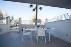 giardino pavimentato Cala Luna Suite a San Benedetto del Tronto
