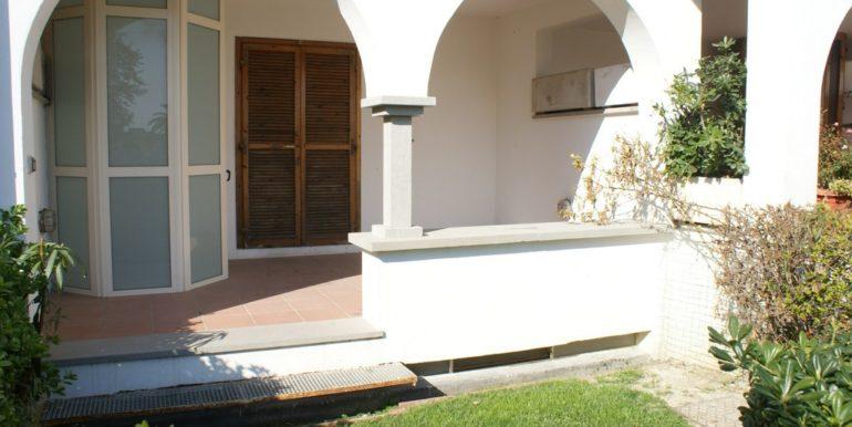 giardino-privato-Complesso-Elle-a-San-Benedetto-del-Tronto