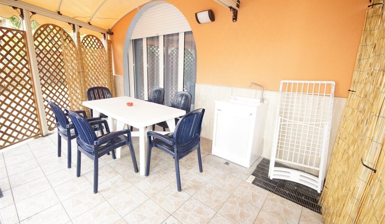 giardino privato Palazzina Azzurra con piscina a San Benedetto del Tronto
