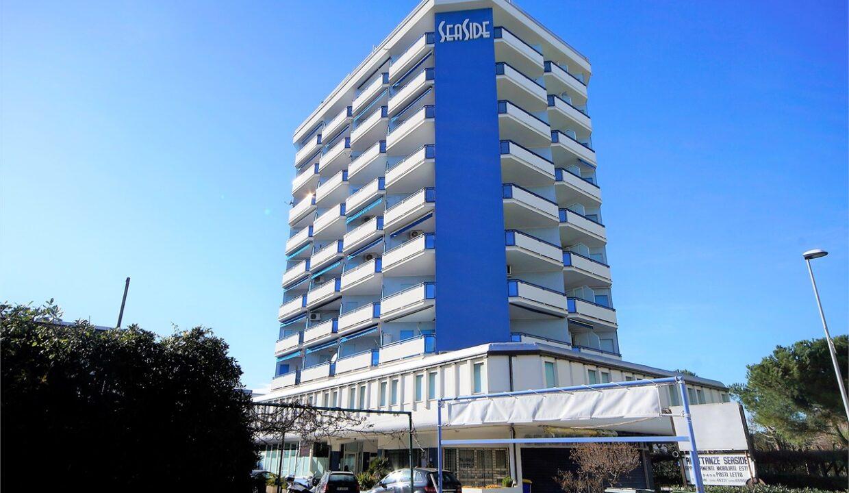 palazzo principale del complesso appartamento in affitto estivo al Seaside San Benedetto del Tronto