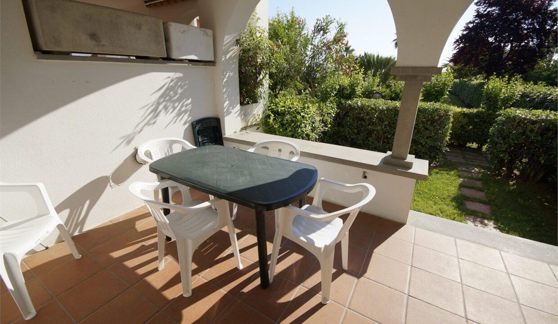 veranda sul giardino privato Complesso Elle a San Benedetto del Tronto